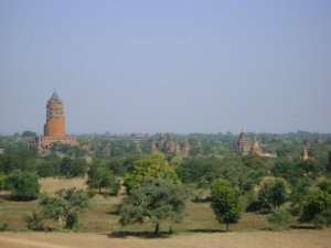 The Bagan Viewing Tower and temples